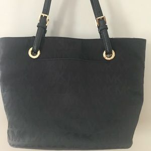 Michael Kors Tote Pocketbook